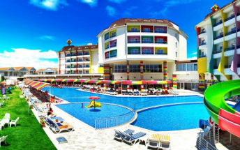 RAMADA RESORT BY WYNDHAM SIDE